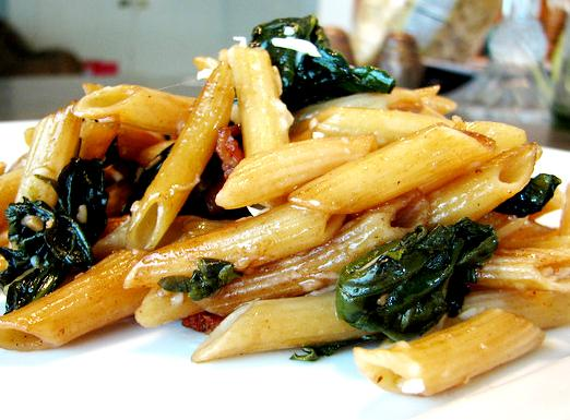 penne_pasta_with_spinach_and_tomatoes
